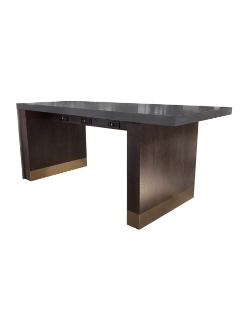 Custom_Dartmouth_table_ISA_International